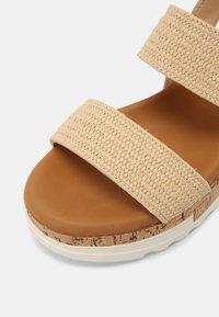 Madden Girl - ESSIE - Sandals - natural - 7