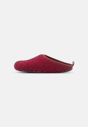 WABI - Slippers - dark red