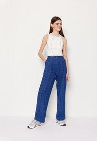 Wood Wood - SIRID TROUSERS - Trousers - blue - 7