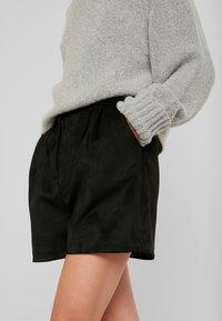 Forever New - Shorts - black - 5