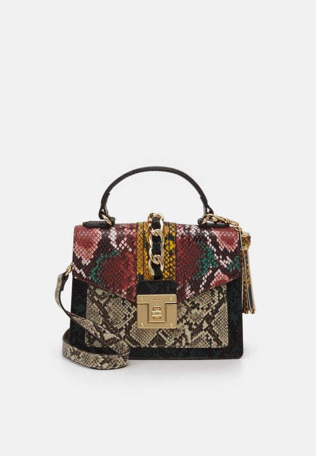 MARTIS - Handbag - medium green