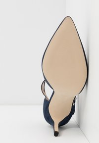 Anna Field - LEATHER PUMPS - Korolliset avokkaat - dark blue - 6