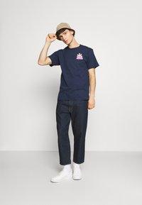 HUF - CROWN LOGO TEE - Print T-shirt - navy - 1