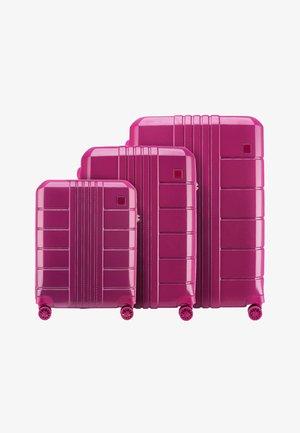 TRAIL STYLE 2 SET - Luggage set - pink
