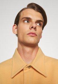 Martin Asbjørn - WILLY SHIRT - Shirt - apricot - 3