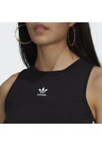 adidas Originals - ADICOLOR FITTED - Top - black - 4