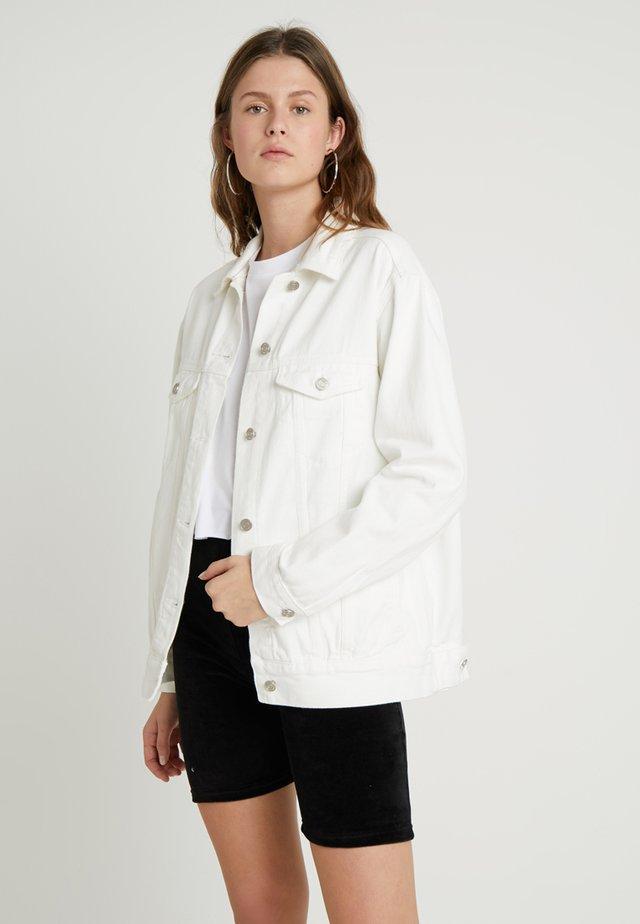 OVERSIZED JACKET - Denim jacket - white