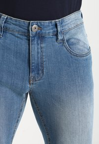 INDICODE JEANS - PITTSBURG - Slim fit jeans - blue wash - 3