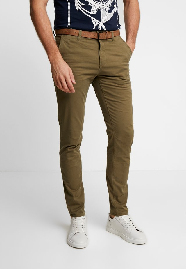 SLIM CHINO WITH BELT - Chinos - dry greyish olive