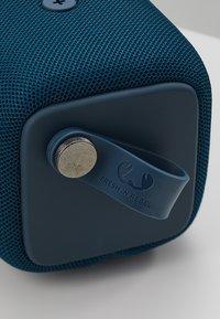 Fresh 'n Rebel - ROCKBOX BOLD M WATERPROOF BLUETOOTH SPEAKER - Speaker - indigo - 6