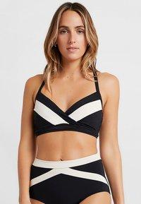 Seafolly - POPBLOCK WRAP FRONT CUP BRALETTE - Bikini top - black - 0