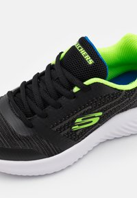 Skechers - BOUNDER - Trainers - black/blue/lime - 5