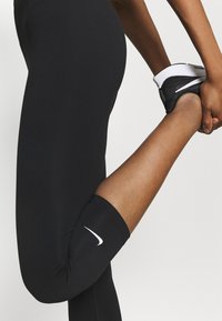 Nike Performance - ONE - 3/4 sports trousers - black - 4