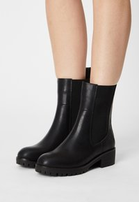 Anna Field - Classic ankle boots - black - 0