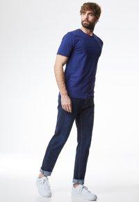 Pierre Cardin - FUTUREFLEX - Jeans Tapered Fit - darkblue - 1