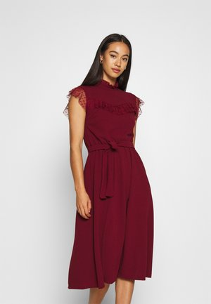FLARE SKIRT MIDI DRESS - Vestido de cóctel - wine