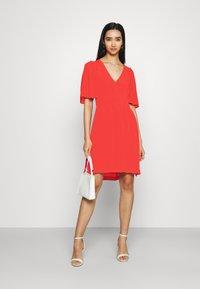 Scotch & Soda - PRINTED DRESS WITH FITTED WAIST - Day dress - raspberry - 1