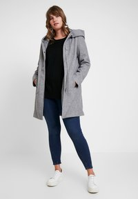 Vero Moda Curve - VMVERODONA - Short coat - light grey melange - 1