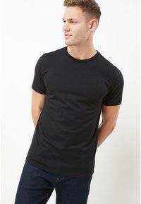 Next - CREW - Basic T-shirt - black - 0