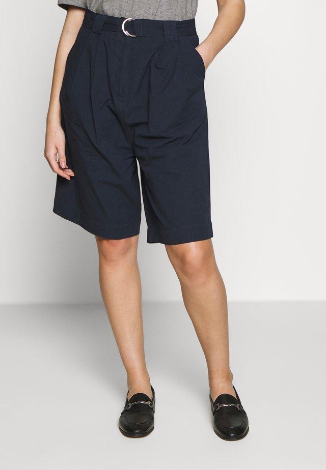 VERA SHORTS - Shorts - dark sapphire