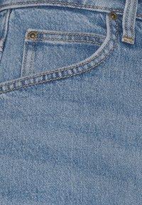 Lee - STELLA - Denim shorts - mid soho - 3