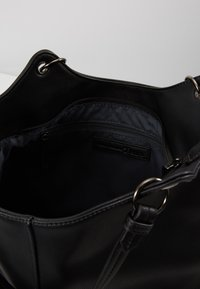 TOM TAILOR DENIM - KIRA - Handbag - black - 5