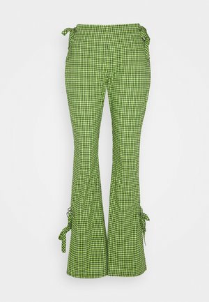 TRADEMARK FLARE PANT - Trousers - lime