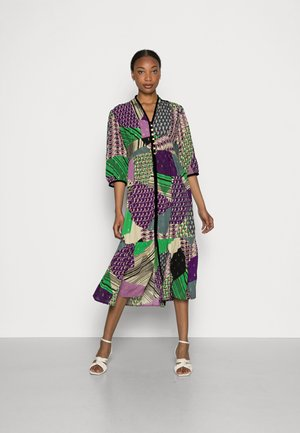 TABARIN - Denní šaty - violet