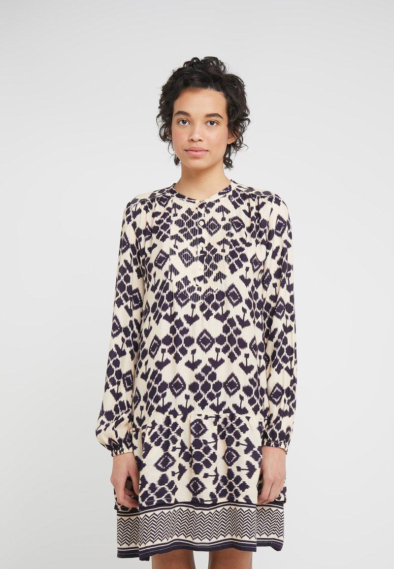 CECILIE copenhagen - GISELA DRESS - Vestido informal - night