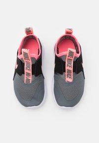 Nike Performance - FLEX RUNNER UNISEX - Neutral running shoes - smoke grey/sunset pulse/black/white - 3