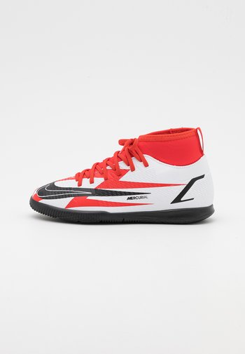 MERCURIAL JR 8 CLUB CR7 IC UNISEX - Indoor football boots - chile red/black/white/total orange