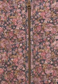 Wheat - THERMO LOUI - Soft shell jacket - light pink - 2
