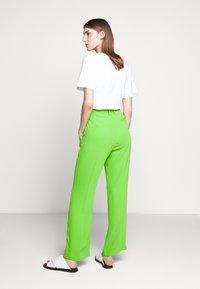 MM6 Maison Margiela - SMART - Kalhoty - green - 2