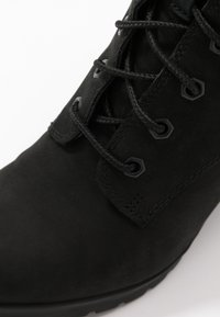 Timberland - ALLINGTON 6IN LACE UP - Lace-up ankle boots - black - 2