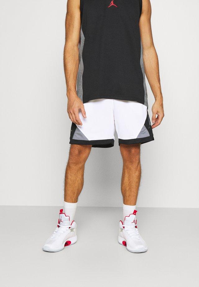DRY AIR DIAMOND SHORT - Pantaloncini sportivi - white/black/smoke grey