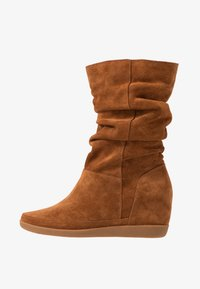 Shoe The Bear - EMMY SLOUCHY - Wedge boots - brown - 1