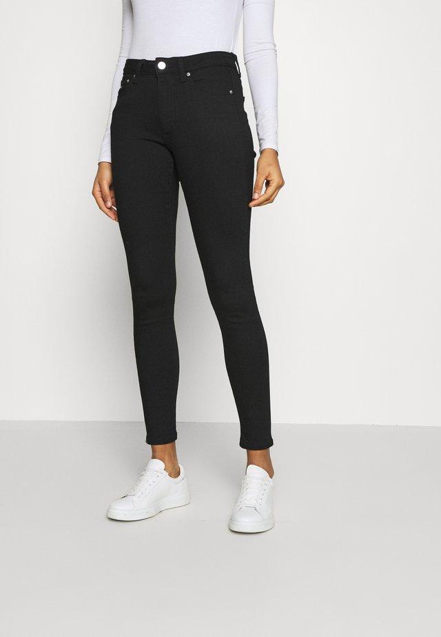 SYLVIA SUPER SKNY - Jeans Skinny Fit - malmo black