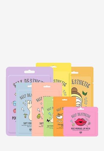 SELF AESTHETIC MAGAZINE - Skincare set - -