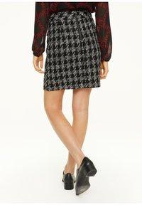 comma - Pencil skirt - black - 2