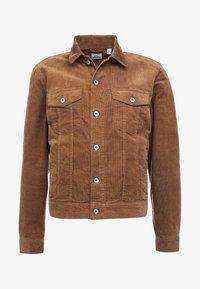 J.CREW - CORDUROY TRUCKER JACKET - Summer jacket - saddle brown - 6