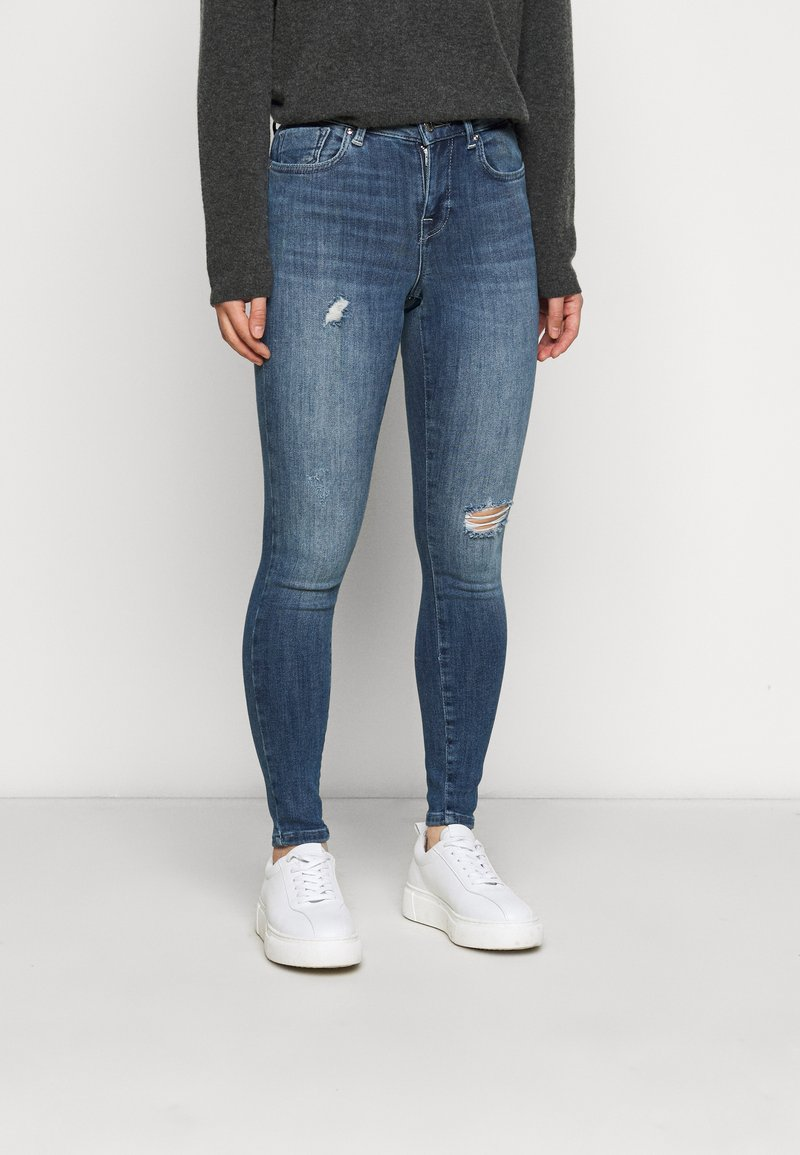 ONLY Petite - ONLPOWER MID PUSH UP DESTROY - Jeans Skinny Fit - medium blue denim