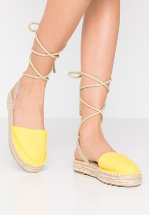DAPHNE - Loafers - yellow