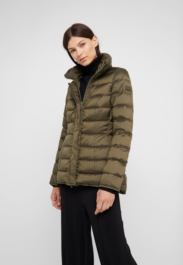 WATER REPELLENT FLAGSTAFF  - Down coat - green