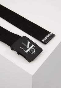 Calvin Klein Jeans - MONOGRAM BELT - Pasek - black - 3