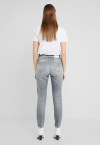 CLOSED - BAKER HIGH  HIGH WAIST CROPPED LENGTH - Slim fit jeans - mid grey - 2