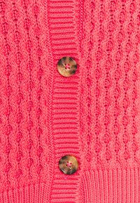 Marks & Spencer London - CUTE CABLE CARDI - Strikjakke /Cardigans - pink - 2