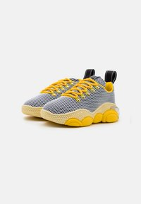 MOSCHINO - TEDDY BUBBLE - Trainers - yellow - 1