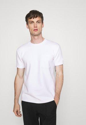 SADRI - Jednoduché triko - white