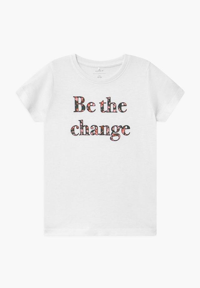 NKFKAIZA - T-shirt print - bright white