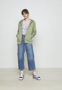Nike Sportswear - HOODIE  - Zip-up sweatshirt - oil green - 1